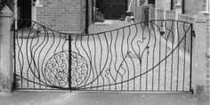 Art+deco+garden+style   Sculpture and garden art , artistic metal furniture and gates - Garden ...