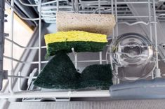 Wash sponges in the dishwasher   40 Clever Hacks for the Home