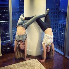 Katie Cassidy & Emily Bett Rickards