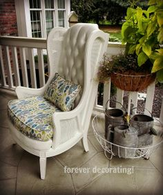 FURNITURE FEATURE FRIDAY – Favorites & Link Party
