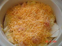 Crock Pot Chicken Enchilada Casserole needed new crockpot recipes, this looks tasty!