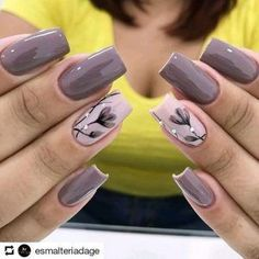 23 Super Ideas For Nails Sencillas Black Fancy Nails, Diy Nails, Cute Nails, Spring Nail Art, Spring Nails, Stylish Nails, Trendy Nails, Nagel Hacks, Best Nail Art Designs