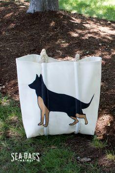 Jacks Outlet Laughing German Shepherd Sports Bag