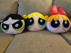 Here for your consideration is a Vintage Lot Of 3 Playgro 2000 Powerpuff Girls Large Pillow Heads Blossom Bubbles Buttercup Plushes that measure 12 in