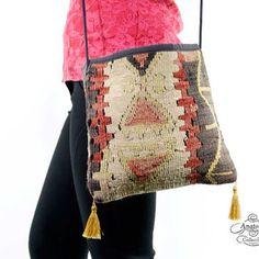 Tribal Vintage Nomadic Turkish Kilim Rug Women Bag Messenger Style Handwoven Satchel Purse Tote Kelim Shoulder Handwoven Bag