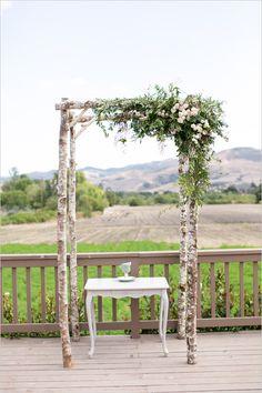 #weddingarch #weddingceremony #ceremonydecor @weddingchicks