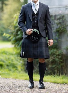 Our Silver Mist exclusive tartan combines black and grey giving the ultimate formal finish for your wedding. Style with a grey tweed jacket to finish the look or perhaps a traditional Scottish ghillie shirt for a less formal occasion! Scottish Dress, Scottish Clothing, Scottish Kilts, Scottish Culture, Scottish Man, Kilt Wedding, Best Wedding Suits, Wedding Men, Wedding Tips