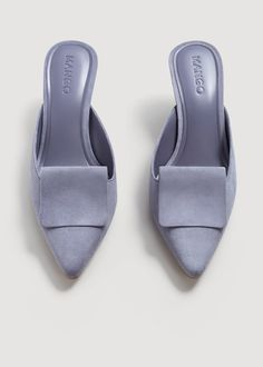 Slip on design Suede Front lapel Pointed 6 cm heel Mango Outlet, Zara, Hot Shoes, Shoes Heels, Street Style Shoes, Dusty Purple, Periwinkle, Lilac, Designer Sandals