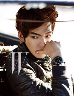 Kim Woo Bin Breaks Up with Model Yoo Ji An and Wanders Around the Desert for W Korea Kim Woo Bin, Park Hae Jin, Park Seo Joon, Lee Hyun Woo, Lee Jong Suk, Asian Actors, Korean Actors, Korean Actresses, Korean Dramas