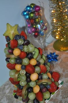 i just made an edible christmas tree. LOVE how it came out!