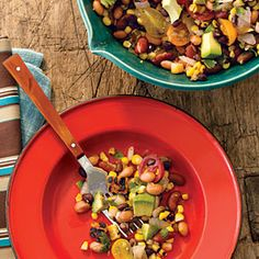 Liven up your south-of-the-border dinners with a colorful bean salad featuring grilled corn. This Latin-accented three-bean and corn salad is studded with guacamole components: jalapeño, cilantro, white onion, lime, and avocado. Red Bean Salad, Beans Salad, Vegetarian Recipes, Healthy Recipes, Healthy Salads, Easy Recipes, Vegetarian Times, Vegetarian Lunch, Gf Recipes