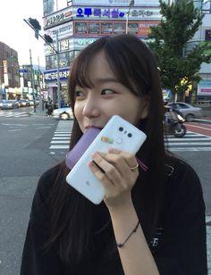VK is the largest European social network with more than 100 million active users. Yuri, Kpop Girl Groups, Kpop Girls, Korean Girl, Asian Girl, Pre Debut, Couple Wallpaper, Screen Wallpaper, Uzzlang Girl
