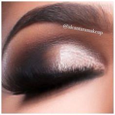 .@vegas_nay | Up close and personal makeup by @alcantaramakeup Smokey eyes using Mac saddle...