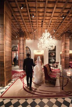 Manhattan Wedding by Robert & Kathleen Photographers | The Wedding Story