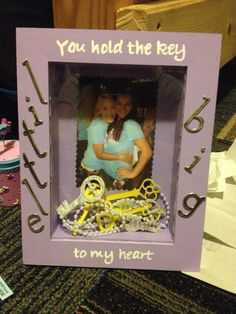 "Big and little Sorority crafts. ""You hold the KEY to my heart"""