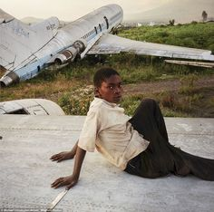 Photographer Michael Christopher Brown captured these breathtaking images of children playing at abandoned Goma Airport, eastern Democratic Republic of the Congo. Color Photography, Fashion Photography, African Jungle, Children Images, Children Play, Photographer Portfolio, Great Photographers, Magnum Photos, Photojournalism