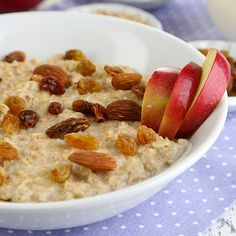 Flax seeds and apples just seem to go together. They are warm and comforting first thing in the morning, and with the added health benefits of oats, you can't go wrong. Oats are low in sodium, saturated fat, and cholesterol. They are an excellent way to get manganese, phosphorus, and vitamin A as well.