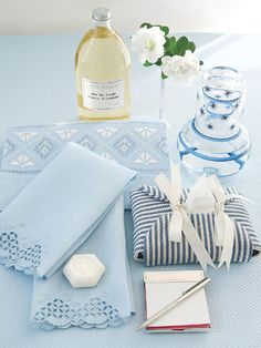 Pampering Your Guests: Carolyne Roehm provides a carafe of water, a tissue packet enclosed in extra fabric from the room's decor, French and Portuguese hand towels, and a notepad along with a sterling silver pen. Guest Bedroom Decor, Guest Bedrooms, Bedding Decor, Guest Room Essentials, Silver Pen, Bed And Breakfast, Hand Towels, Luxury Homes, Blue And White