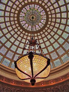 Tiffany Dome details inside Chicago Cultural Center, USA (by Pat L.314).
