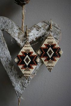 Items similar to Miyuki beige, pearl, black, gold and terracotta glass beaded earrings, gold metal hooks on Etsy Beaded Earrings Native, Beaded Earrings Patterns, Seed Bead Patterns, Native Beadwork, Beading Patterns, Seed Bead Jewelry, Seed Bead Earrings, Hoop Earrings, Brick Stitch Earrings