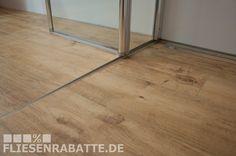 Dusche und Badezimmer Boden in gleicher Fliese. Duschrinne mit Fliesen. Modernes Badezimmer verlegt vom Fliesenlegermeister Keku-Dortmund. http://www.fliesenrabatte.de/Fliesen-Marazzi-TreverkHome-Larice.html