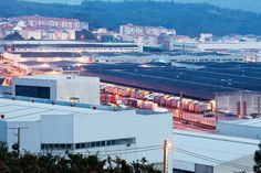 2. This is the complex in Arteixo, Spain, that houses Inditex headquarters and some Zara factories. Manufacturing, Distribution and Production are kept in house.