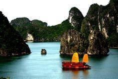 Halong Bay Cruises. http://www.hainamtravel.com/
