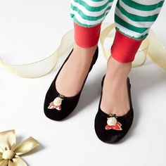 Interchangeable holiday snowman shoe jewelry!