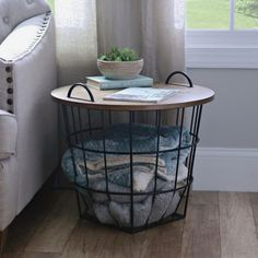 The paint may play its role, but when it comes to a rustic chic living room, the secret is in the details that pull everything together, the rustic farmhouse cherry-picked pieces that pop out in an otherwise plain chic room. Perhaps you can go farther and pick a wall to cover in wooden panels or to hang wood features and interesting casual lighting fixtures. These country living room ideas, are some of the best options you can find, all combined into a rustic chic living room design ex.. My Living Room, Home And Living, Living Room Decor, Simple Living, Living Area, Rustic Farmhouse Decor, Rustic Decor, Farmhouse Decorative Storage, Farmhouse Design