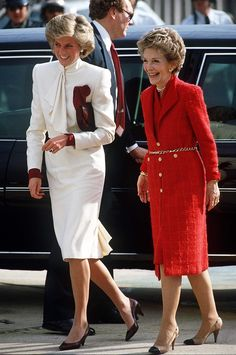 Diana laughs with Nancy Reagan, the two ladies looking radiant in hues of red and white. via StyleList