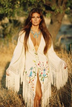 Raquel Welch, Valentino, Rubartelli, 1969, Vogue, fashion, 60s, Peasant dress, Native American, Indian, turquoise, Raquel Welsch, 60's, 1960s, 1960's, 1969, vintage.