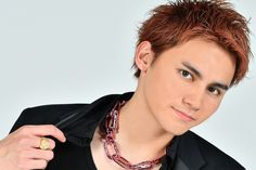 Worldwide Handsome, Interview