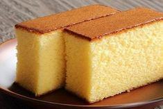 Hot milk cake - Torta al latte caldo - Fidelity Cucina Sponge Cake Recipes, Easy Cake Recipes, Sweet Recipes, Microwave Sponge Cake, Cake Au Lait, Chocolate Oats, Basic Cake, Oat Bars, Lemon Cheesecake