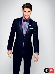 One day, I will own a midnight blue tux much like this. Will I look like Darren Criss wearing it? Darren Criss, Gq Style, Looks Style, Style Men, Estilo Preppy, Blue Tuxedos, Navy Tux, Groom Wear, Gq Magazine