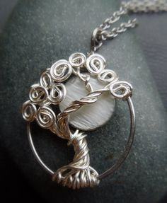 This person makes some sweet Tree of Life jewlery