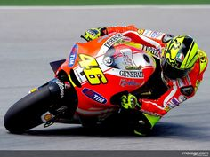The greatest motorcycle rider ever! Rossi <3