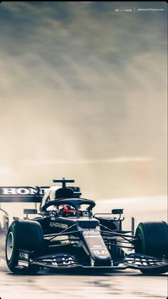 Exterior Design, Interior And Exterior, F1 Wallpaper Hd, Thing 1, Lewis Hamilton, Formula One, Cars And Motorcycles, Cool Photos, Racing