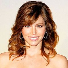 Jessica Biel Medium, Curly, Fine Hairstyle with Bangs - Beauty Riot Medium Length Curly Haircuts, Haircuts For Fine Hair, Hairstyles With Bangs, Cool Hairstyles, Layered Hairstyles, Short Haircuts, Bangs Hairstyle, Stylish Haircuts, Formal Hairstyles