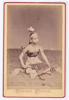 Javanese Dancer from the Amsterdam International Exhibition cabinet card C.1890