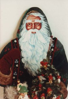 Folk Art Antique Santa #3 - Design by Pipka