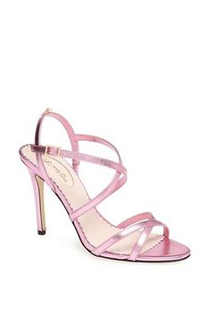 Perfect pink sandals!