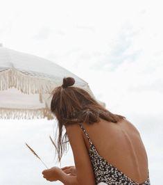 Trendy Swimwear, High Cut Bikini, Foto Pose, Summer Aesthetic, One Piece Swimwear, Beach Babe, Summer Of Love, Summer Vibes, Winter Wonderland
