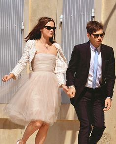 Keira Knightley getting married with James Righton in France
