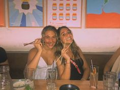 Film Pictures, Bff Pictures, Bff Goals, Best Friend Goals, Film Aesthetic, Summer Aesthetic, Disposable Film Camera, Photographie Indie, The Last Summer