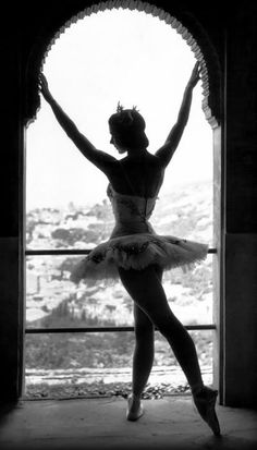 beautiful photo of Margot Fonteyn