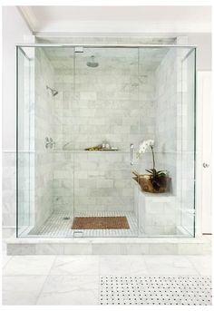 Marble Tile Bathroom, Master Bathroom Shower, Bathroom Flooring, Small Bathroom, Bathroom Ideas, Bathroom Black, Bathroom Showers, Bathroom Cabinets, Bathroom Vanities