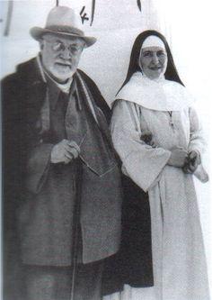 Henri Matisse et Soeur Jacques-Marie. Foto tomada de http://www.blogg.org/blog-75876-billet-pas_a_le_savoir____henri_matisse-1015176.html#