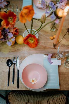 Wedding Table Deco, Reception Table, Wedding Decorations, Table Decorations, Table Party, Wedding Arch Flowers, Table Flowers, Wedding Colors, Palm Wedding