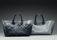 Bottega Veneta Spring Summer 2012 New PVC- Intrecciato Cabat Novo Design, Best Tote Bags, Crocheted Bags, Branded Bags, Bottega Veneta, Clutch Purse, Hand Bags, Designer Handbags, Leather Men