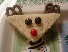 Cute idea for the kids for our Christmas eve sandwich brunch.
